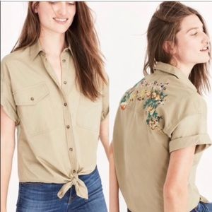 Madewell | Khaki Embroidered Floral Button Down M
